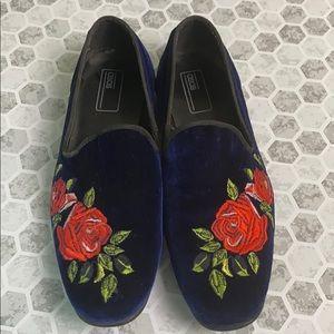ASOS Rose Emblem Pointed Loafer Size 6